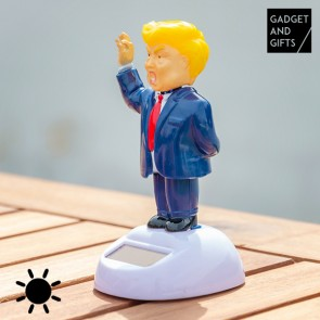Mr. Trump ad Energia Solare con Movimento Gadget and Gifts